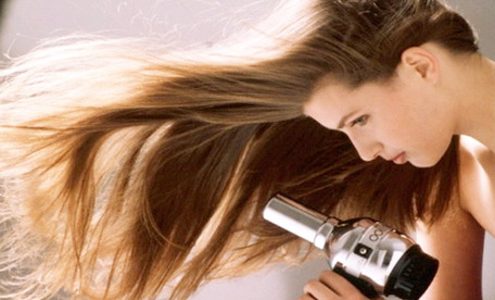 comment se d barrassez des cheveux gras le blog de leandra. Black Bedroom Furniture Sets. Home Design Ideas